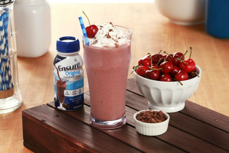 Rich Dark Chocolate Cherry Smoothie